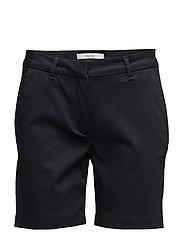 Carine 065 Navy, Shorts - NAVY