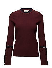 LS PLEATED PULLOVER - BURGUNDY