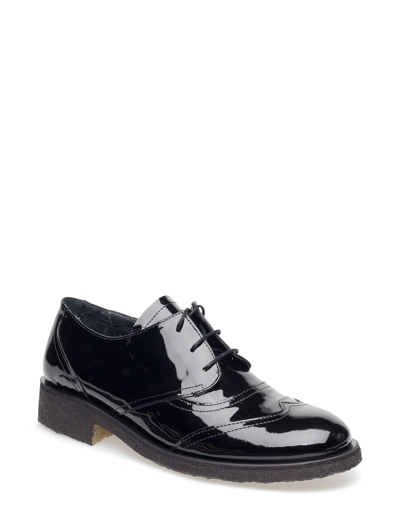 Shoes - Flat - With Lace ANGULUS Flade sko til Kvinder i