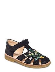 ***Shoes*** - 1163 BLACK