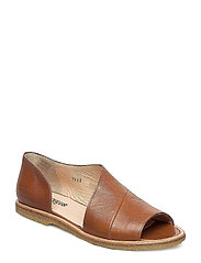 Sandals - flat - closed toe -  - 1431 COGNAC