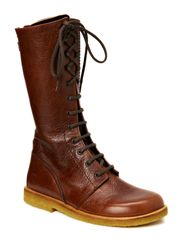 Long boot with laces. - 2509 Brown