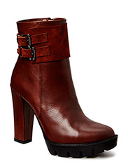 Chuncky Bootlet with belt - Brown