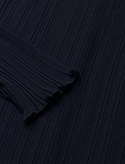 One shoulder pleat dress