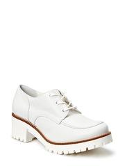 Naya Leather Shoe - White