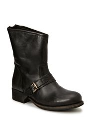 Boot w/Strap Effect JJA14 - Black2