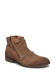 Side Zip Boot - LIGHT BROWN