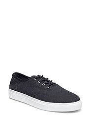 Laced Up Casual Shoe MAM16 - BLACK
