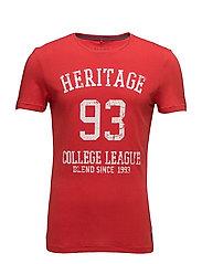 T-shirt - POMP RED