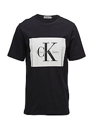 TIKIMO 2 REGULAR CN TEE SS - CK BLACK