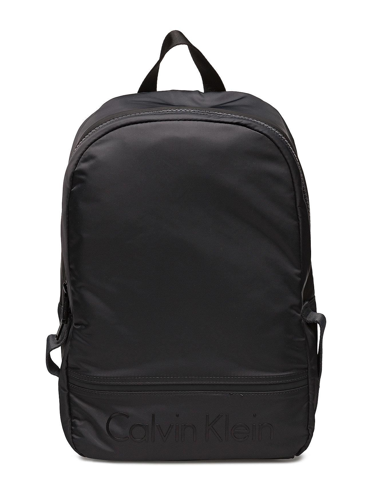 matthew backpack dark shadow 720 kr calvin klein. Black Bedroom Furniture Sets. Home Design Ideas