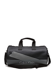 Calvin Klein - Col3 Weekender 001,