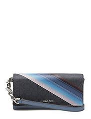 Calvin Klein - Tin4 Large Trifold O