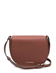 MARISSA SADDLE BAG, - HENNA