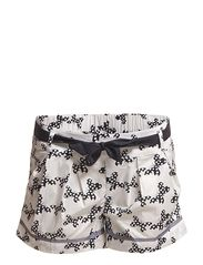 Catchy Shorts with butterfly print