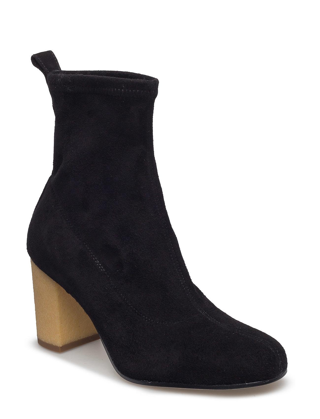 Valentina Boot