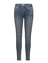 Stella fit jeans w. broken look - WASHED BLUE