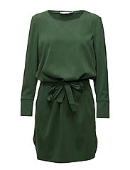 Tencel dress w. ruffle on back - JELLY GREEN