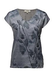 Malina Tshirt - DUSTY BLUE