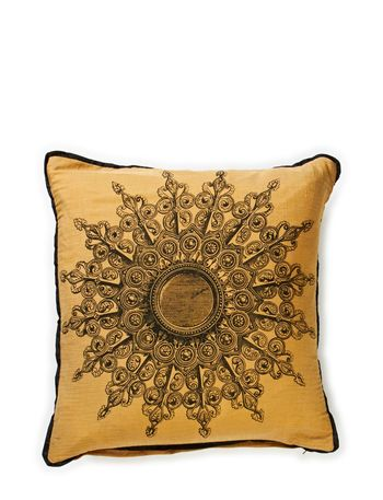 DAY Home New Medallion Cushion Cover
