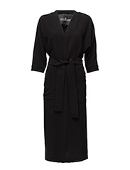 Wake Robe - BLACK