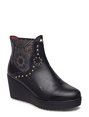 SHOES BONNIE BLACKSTUD - NEGRO