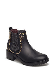 SHOES CHARLY BLACKSTUD - NEGRO