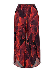Twisted Leg Trousers - RED