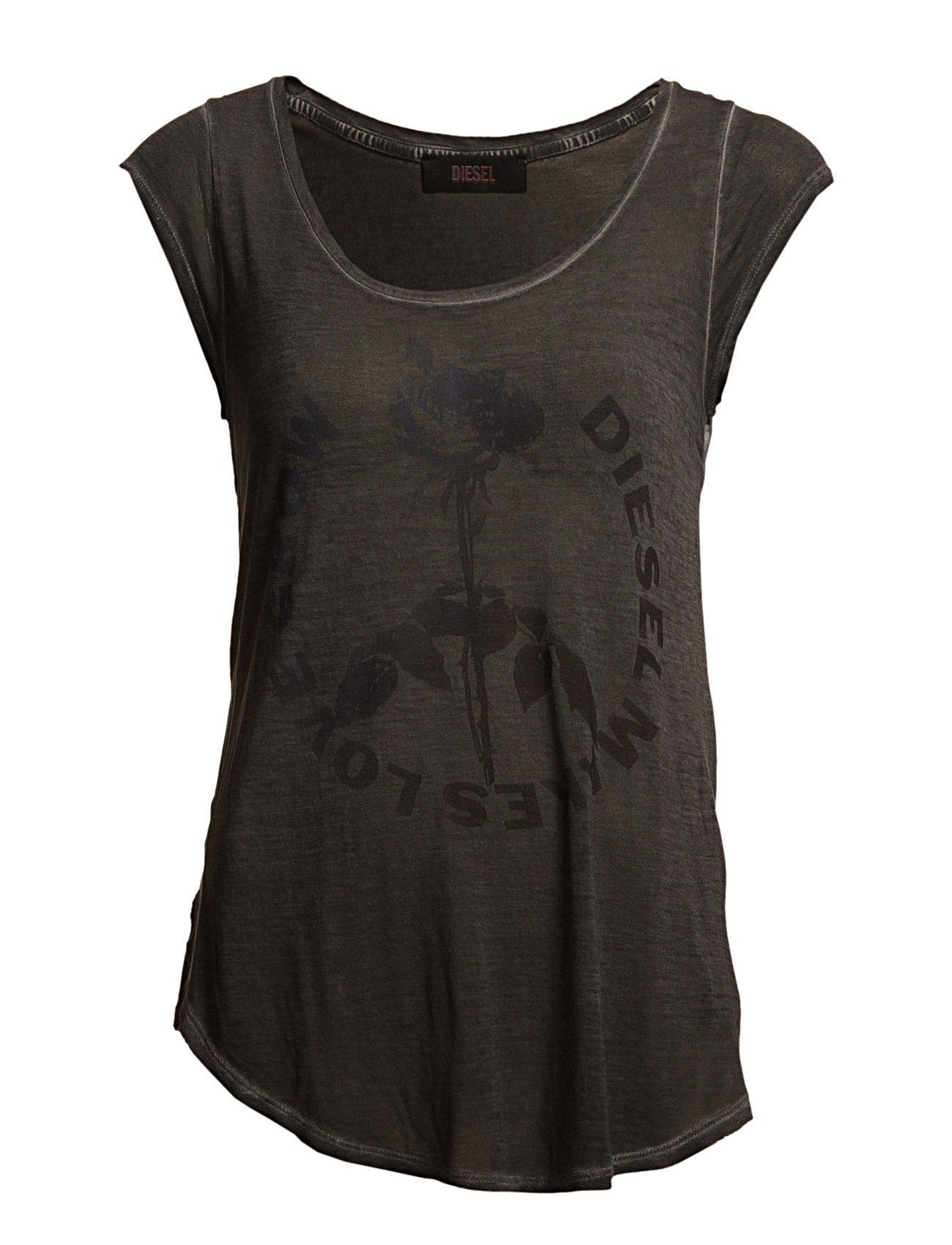 T-Daphne T-Shirt