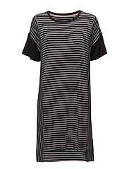 DKNY CITY STRIPES SLEEPSHIRT S/SLEEVE - BLACK STRIPE