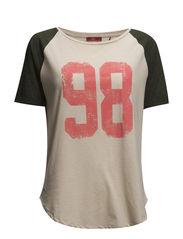 T-Shirts - CW BEIGE