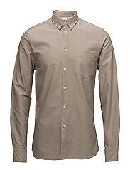 M. Paul Oxford Shirt - LIGHT BEIGE