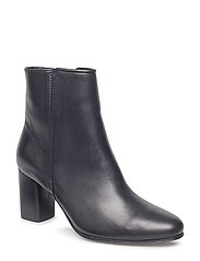 Billie Zip Boot - BLACK