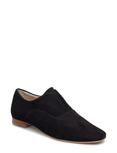 Andie Flat Shoe