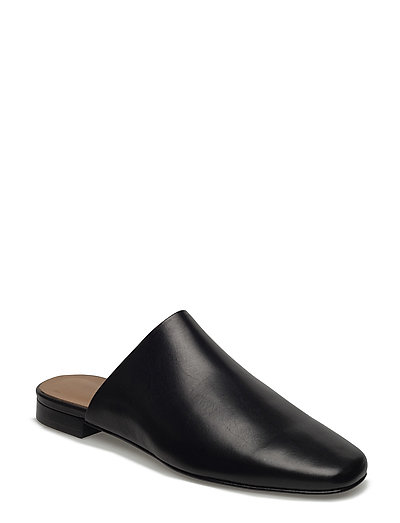Sue Slip-In Shoe
