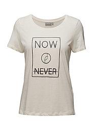 Jikam 1 T-shirt - GARDENIA