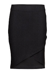 Mistructure 2 Skirt - BLACK