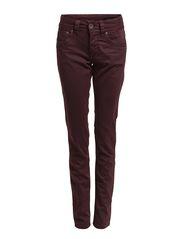 Ornumber 1 Jeans - WINETASTING
