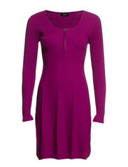 Zubasic 52 Dress - Fuchsia