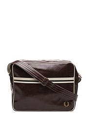 CLASSIC SHOULDER BAG - 106 MAROON