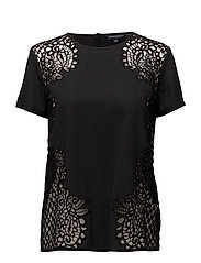GILLY LACE SS RDNK TOP - BLACK