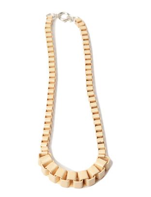 Skulk Necklace - Powder Yellow