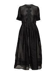 Seneca Silk - BLACK