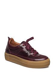 Sophia Sneakers
