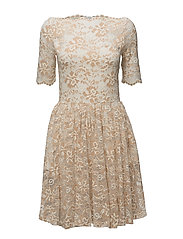 Flynn Lace Dress - Vanilla Ice