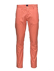 O2. SLIM SUNBLEACHED CHINO - STRONG CORAL