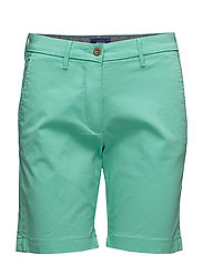 O1. CLASSIC CHINO SHORTS - SPEARMINT