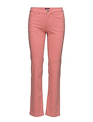 O1. STRAIGHT SOFT JEAN - STRAWBERRY PINK