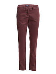 CLASSIC COIN POCKET CHINO - RUBY RED
