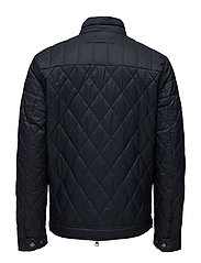 THE QUILTED WINDCHEATER